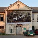 Grafiki drukowane na włókninie eco-baner – wystawa Muzeum MOCAK