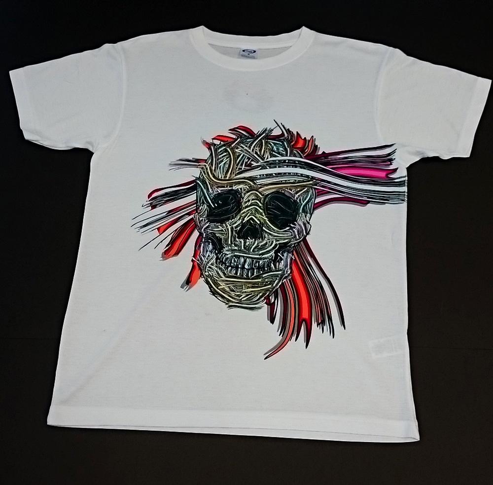 T-shirt z nadrukiem indywidualnego projektu S.Gomułki