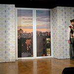 Ściany scenografii dla Krakowskiego Teatru Komedia - konstrukcja - ramy aluminiowe, grafika drukowana natkaninie