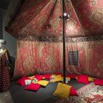 Tkaniny zdrukiem cyfrowym wykorzystane dobudowy namiotu edukacyjnego dla Zamku naWawelu